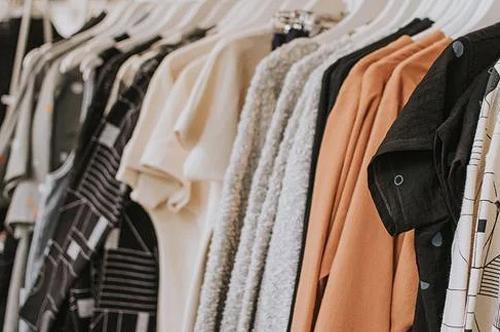 服装品牌营销